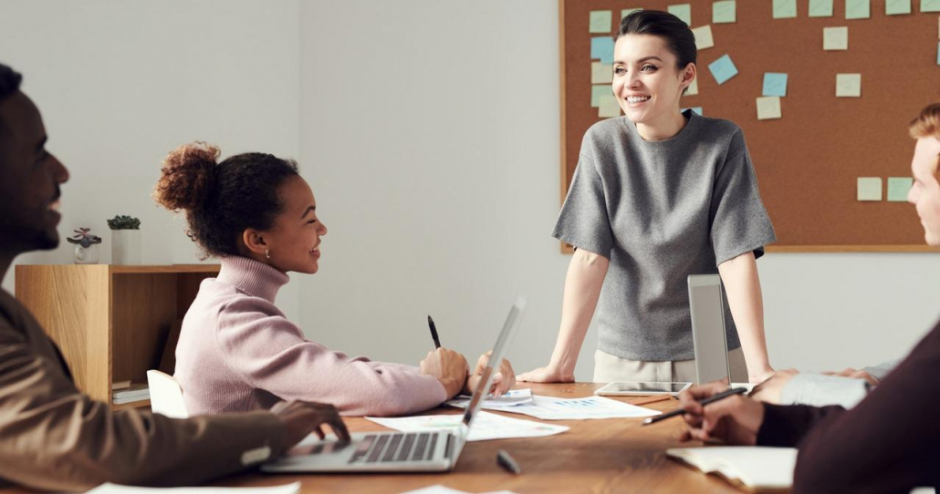 VLV-Affirmations that make your workplace a better space for you-Happy woman in her workplace