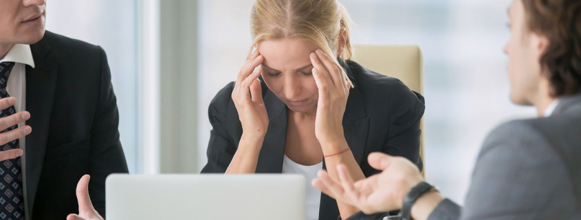 VLV-How not to confuse aggressiveness with confidence-Woman in the workplace
