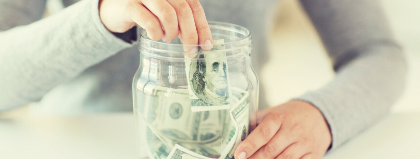 VLV-Myths about money that all people should stop believing-Woman with money