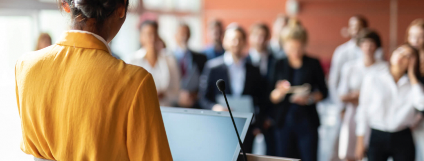 VLV-Public speaking The best ten speaking and diction tips-Woman giving a public speech