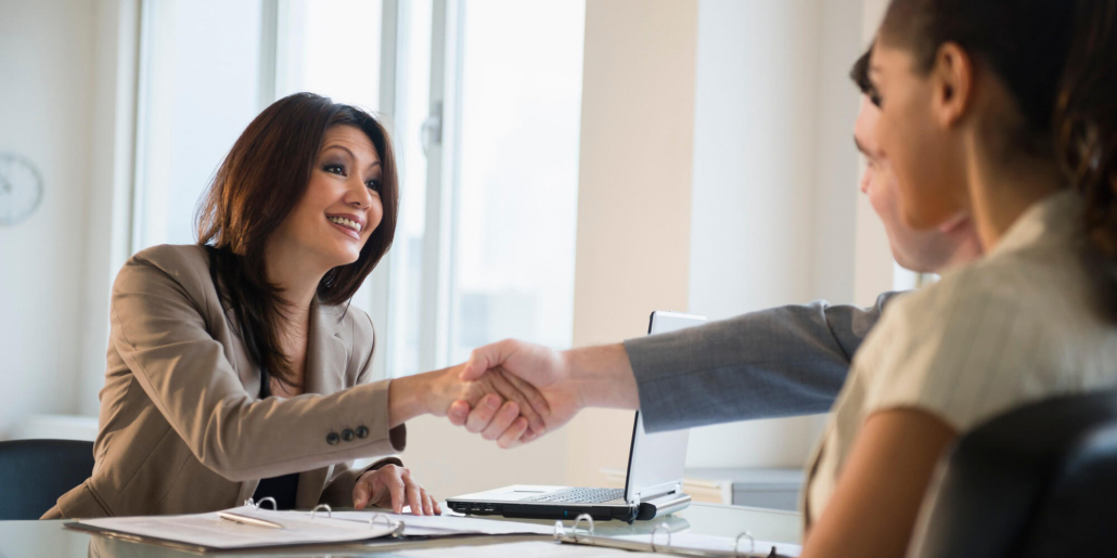 VLV-the best way to reach a mutual agreement-Woman negotiating